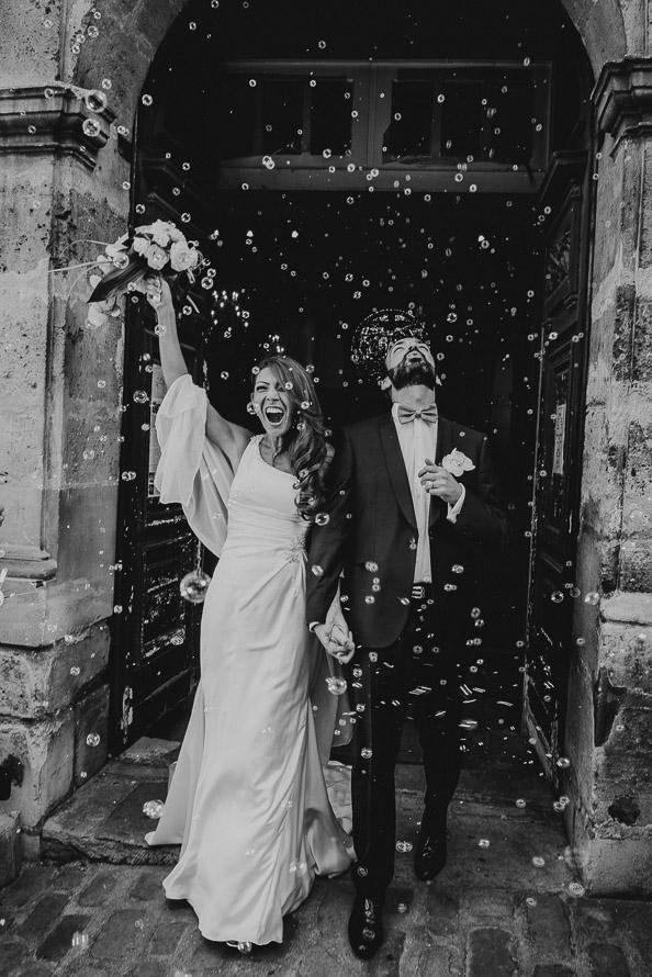 Sortie église mariés Paris